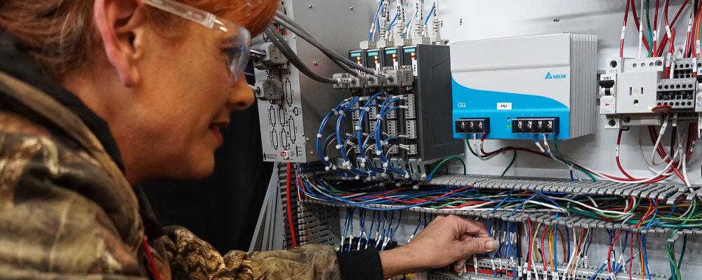 Retrofit service for filament winding equipment